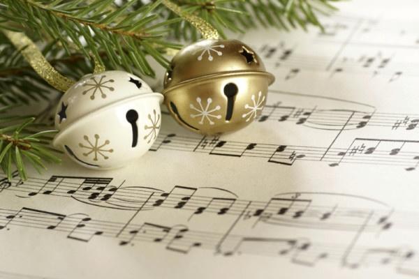 Новый год и музыка-900-600